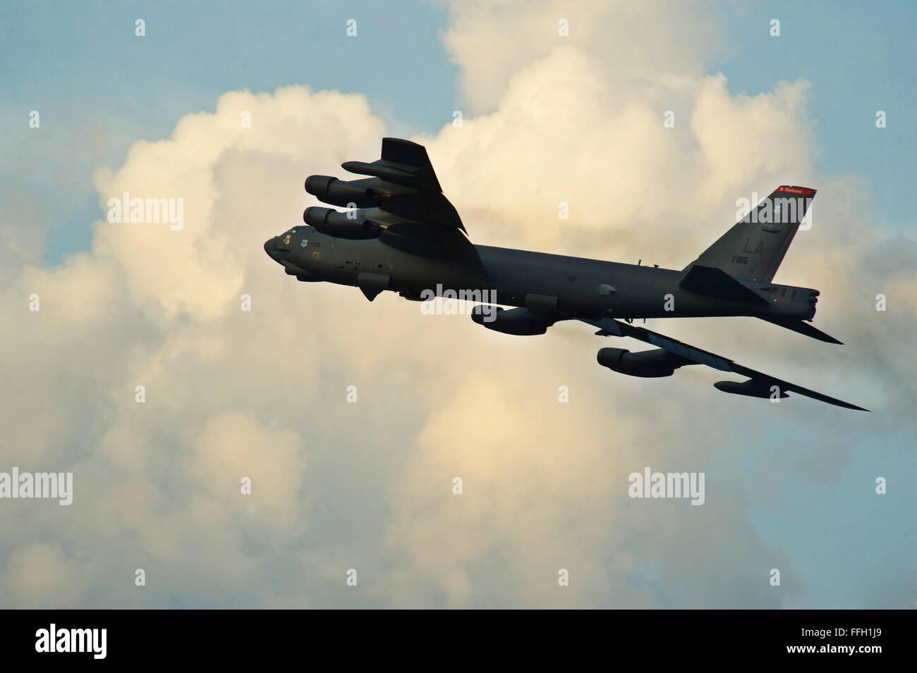 A B-52H Stratofortress partecipa ad un minimo intervallo di decollo da Minot Air Force Base, N.D. La Air Force conduce Immagini Stock