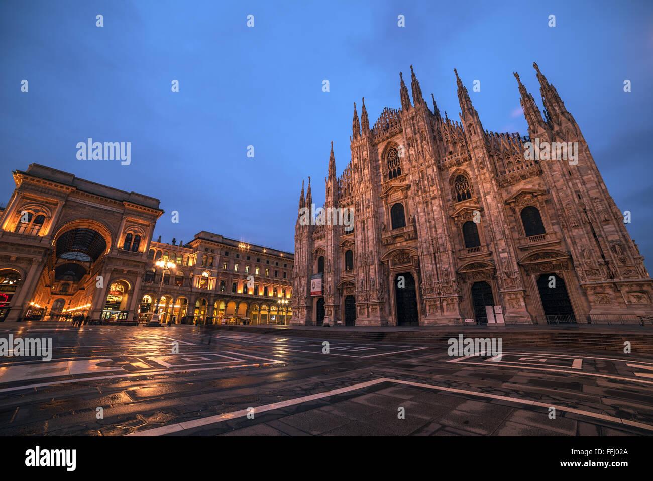 Milano, Italia: Piazza del Duomo, Piazza del Duomo Immagini Stock