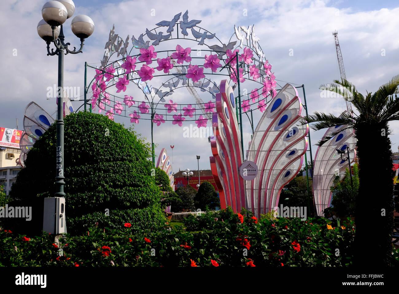 Il nuovo anno lunare decorazioni in Ho Chi Minh City, Vietnam Immagini Stock