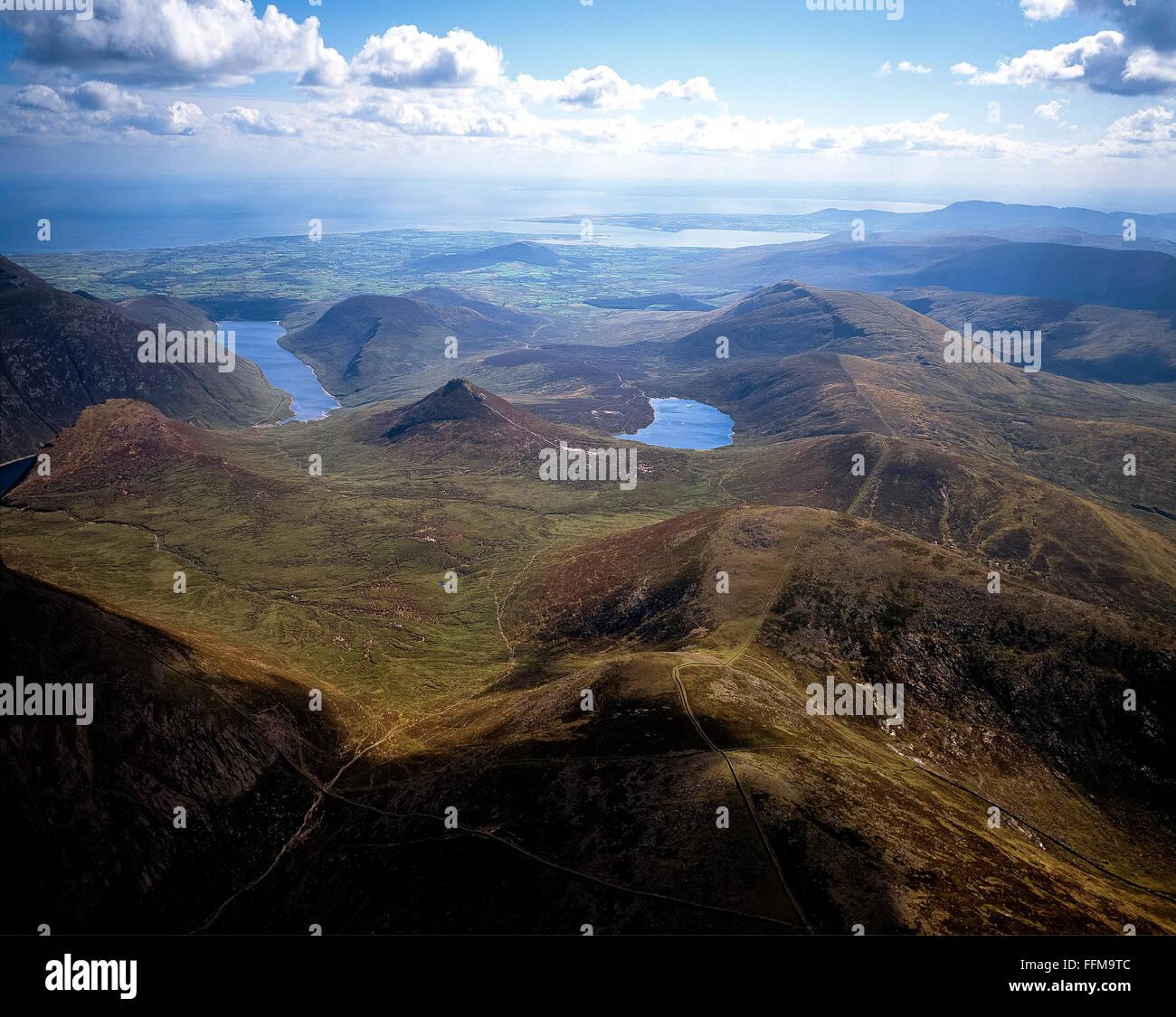 Antenna della Valle silenziosa e Loughshannagh Lough Shannagh mournes mourne all Irlanda del Nord Immagini Stock