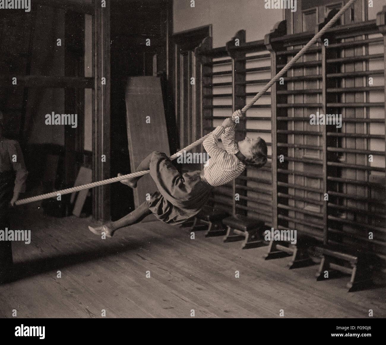 Ragazza alta scuola ginnastica, 1893 Immagini Stock