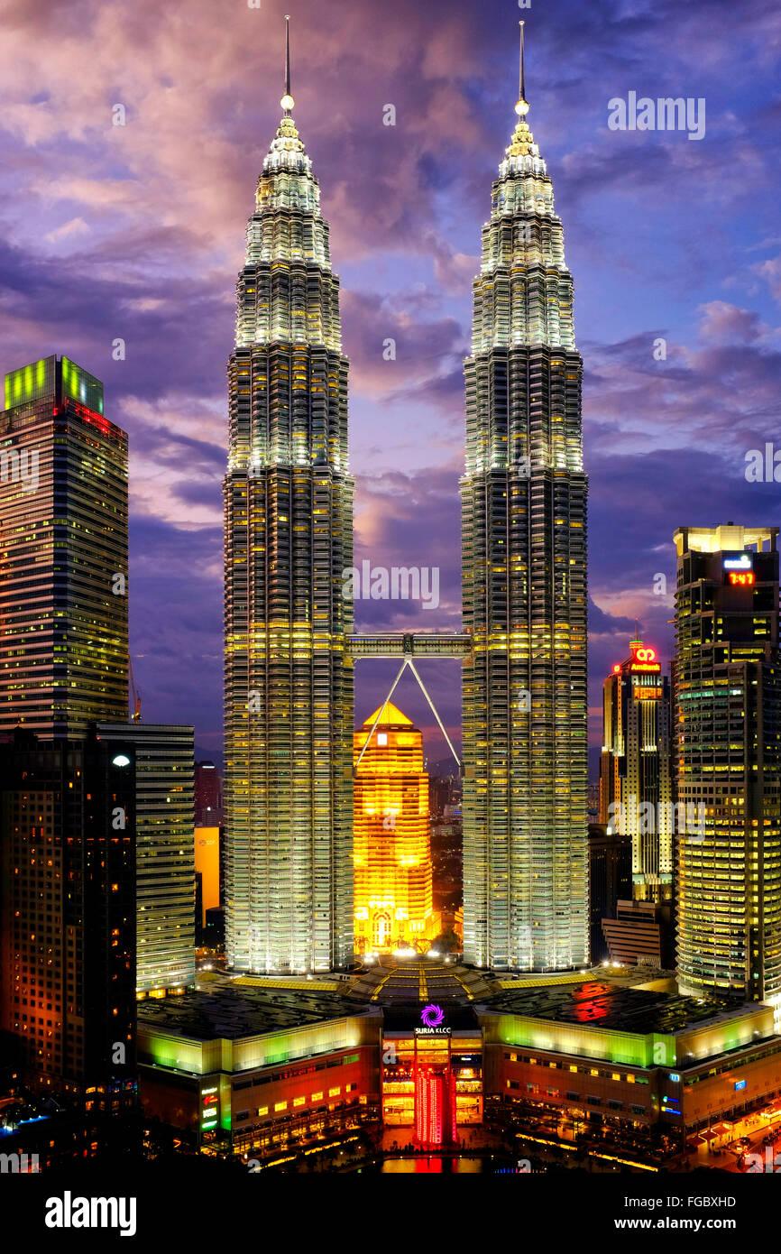 Petronas Towers di Kuala Lumpur in Malesia Immagini Stock