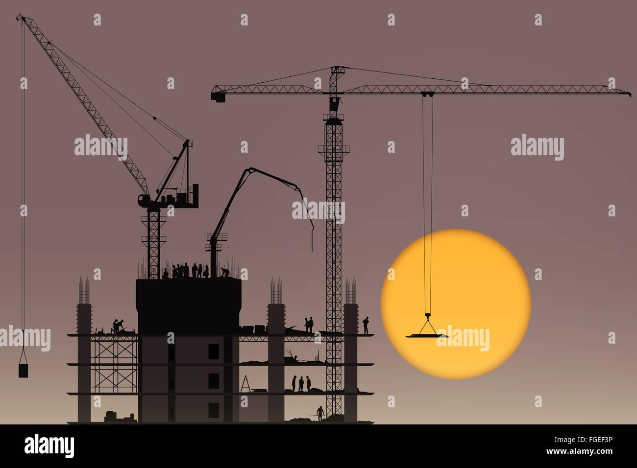 Un cantiere con gru a torre e al tramonto, Sunrise Immagini Stock
