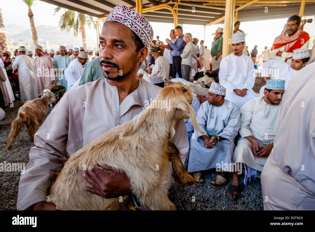 Il venerdì il mercato del bestiame, Nizwa, Ad Dakhiliyah Regione, Oman Immagini Stock