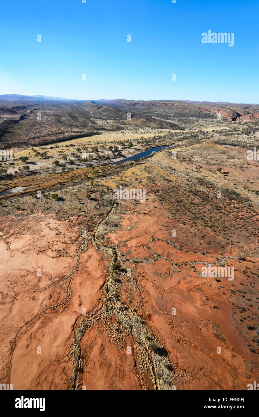 Vista aerea del West MacDonnell Ranges, Territorio del Nord, l'Australia Immagini Stock