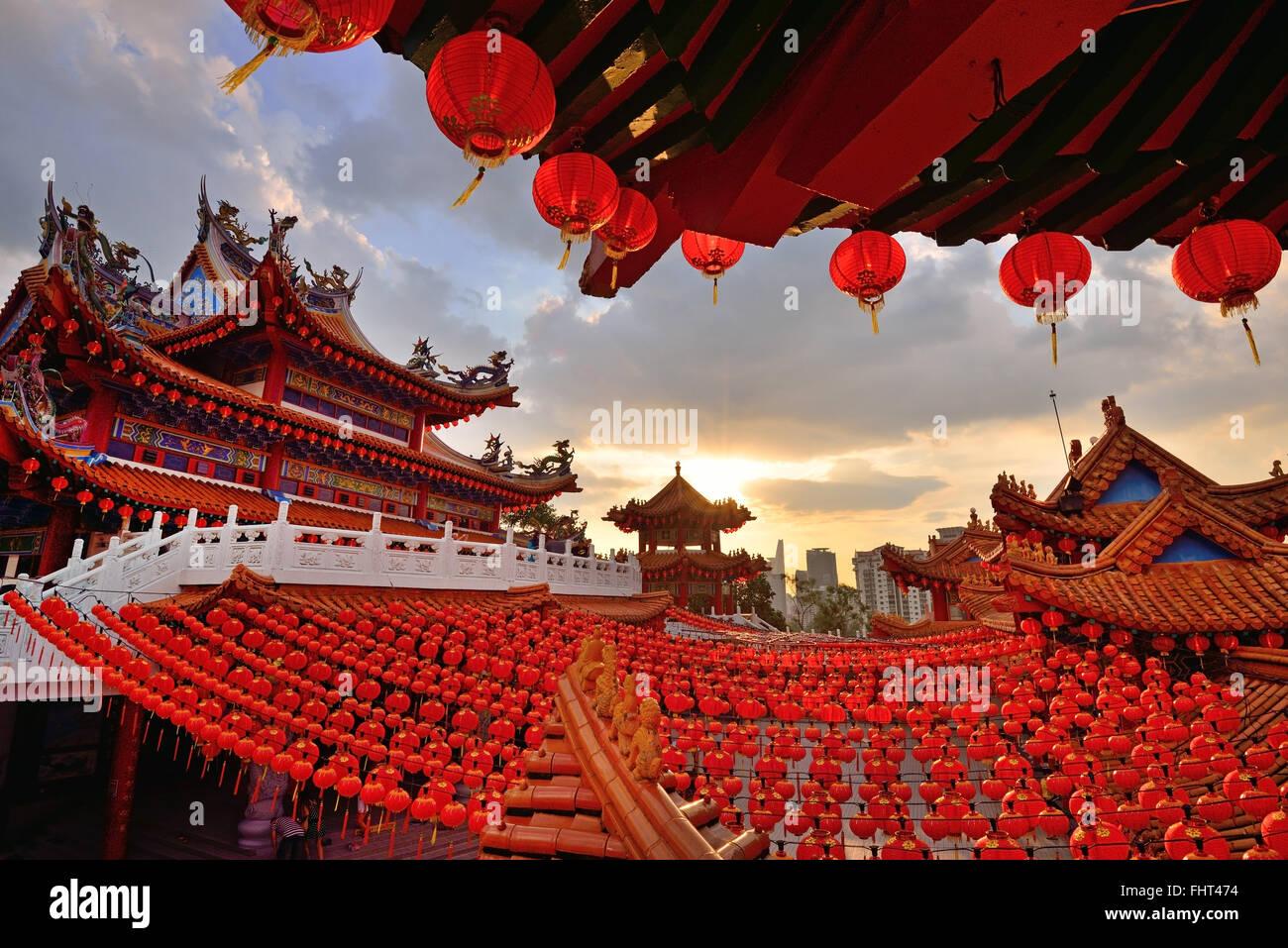 Lanterne rosse decorazioni a Thean Hou tempio di Kuala Lumpur in Malesia Immagini Stock