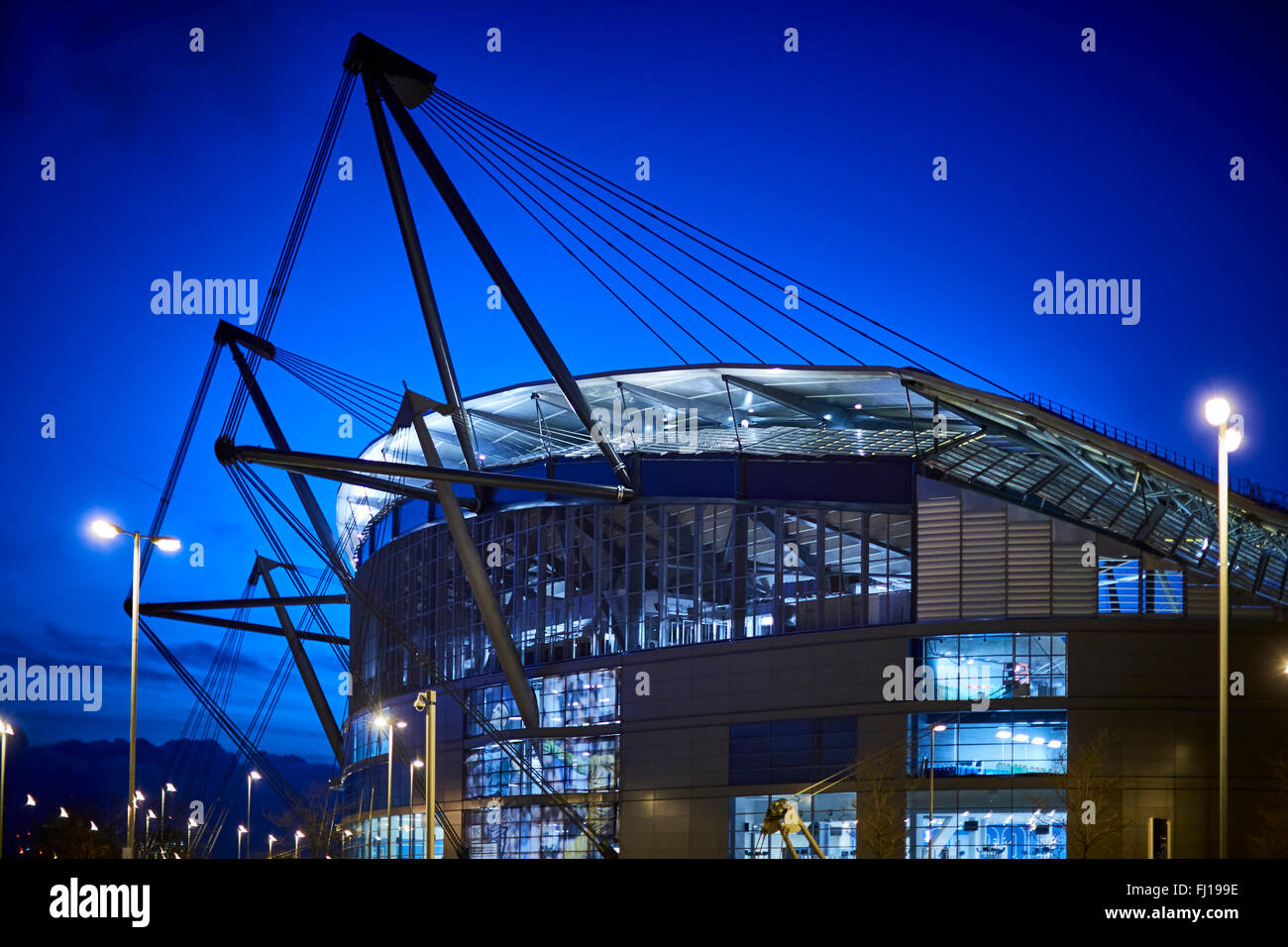 Il City of Manchester Stadium di Manchester, Inghilterra, noto anche come Etihad Stadium per motivi di sponsorizzazione, Immagini Stock