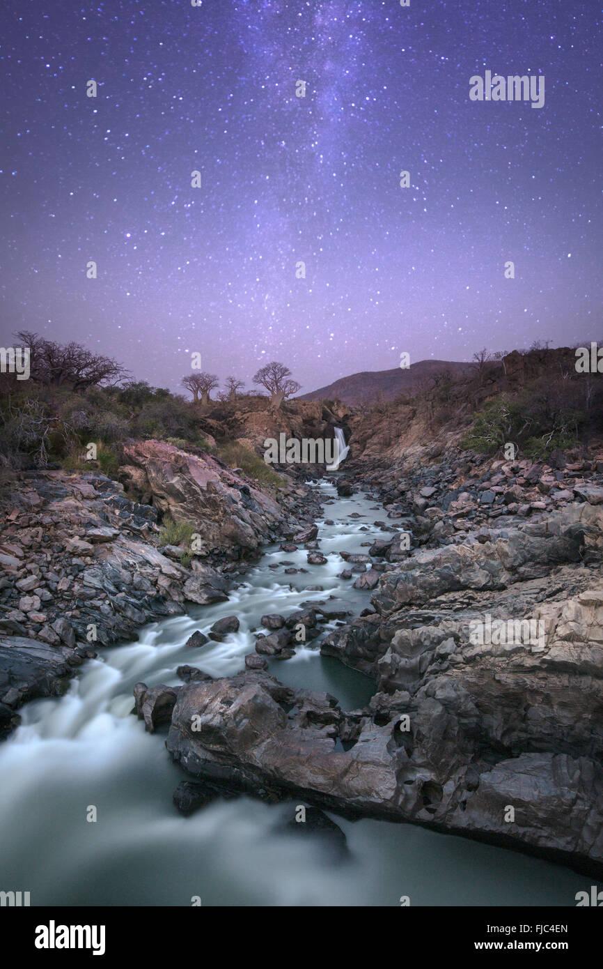 Epupa Falls di notte Immagini Stock