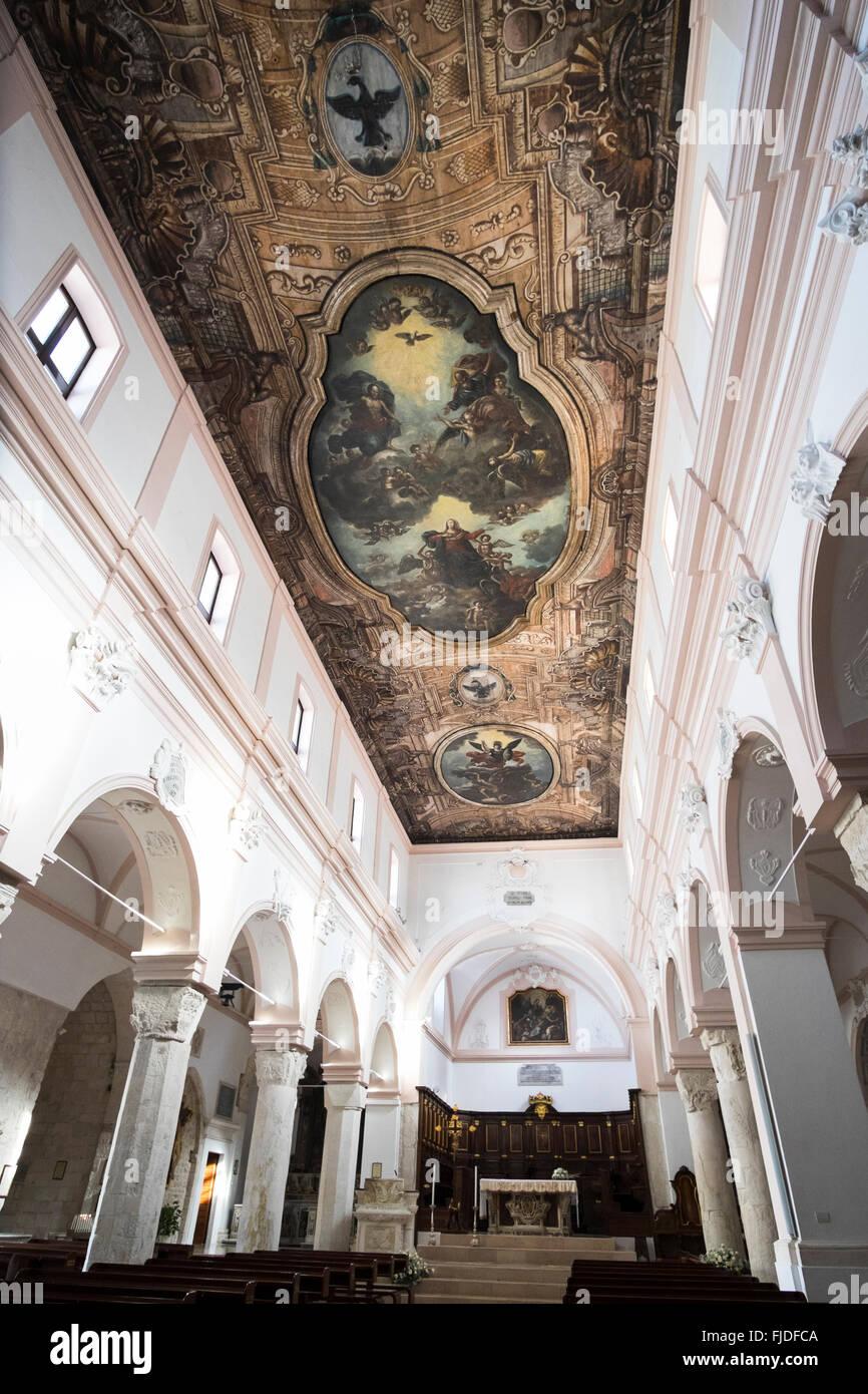 Risultati immagini per foto cattedrale di vieste