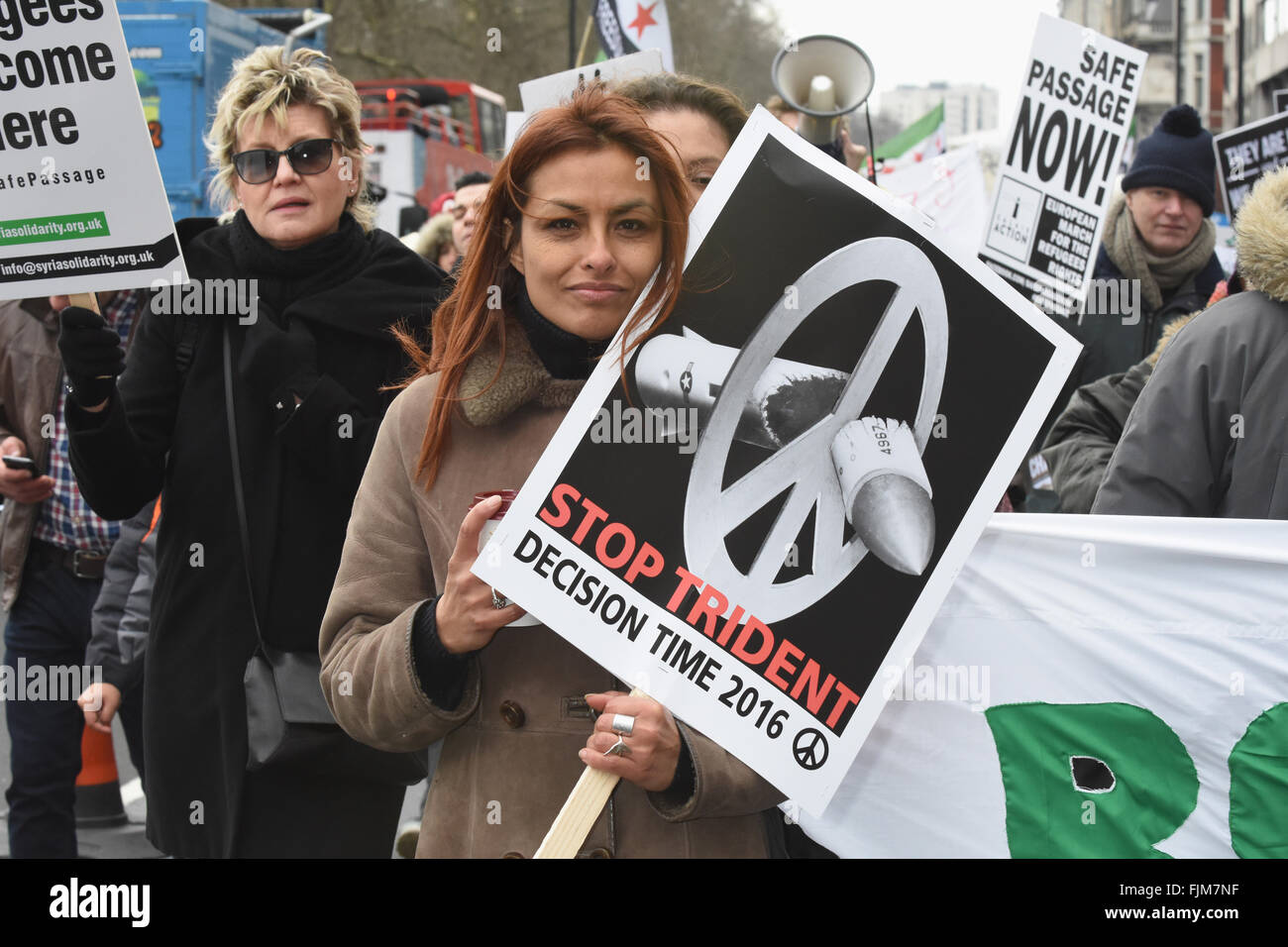 Arrestare Trident Marzo, Green Park ,Piccadilly, London REGNO UNITO Immagini Stock