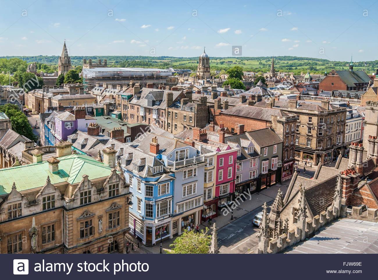 Skyline medievale della città universitaria di Oxford in Inghilterra.   Aussicht ueber die Altstadt von Oxford, Immagini Stock