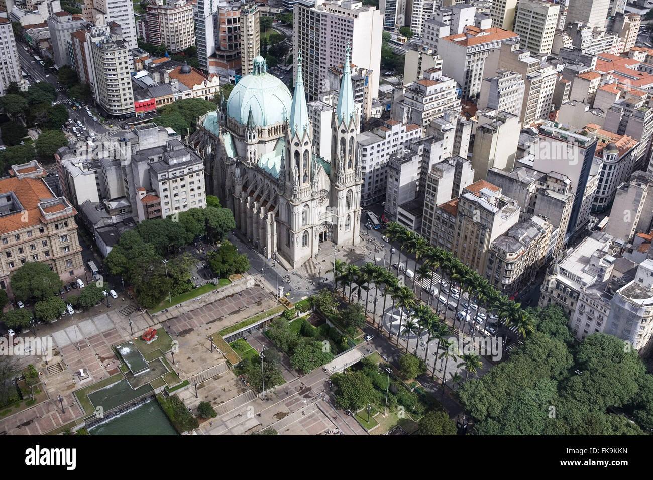 Vista aerea della Cattedrale metropolitana di Sao Paulo Praca da sé e Praca Clovis Bevilacqua Immagini Stock
