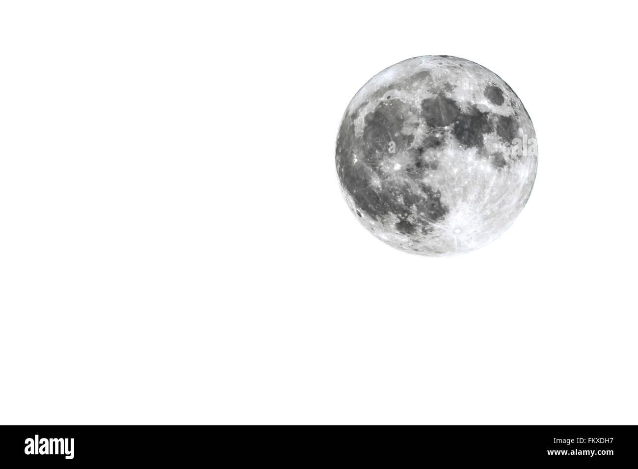 La Luna Piena è Visto Isolato Su Uno Sfondo Bianco