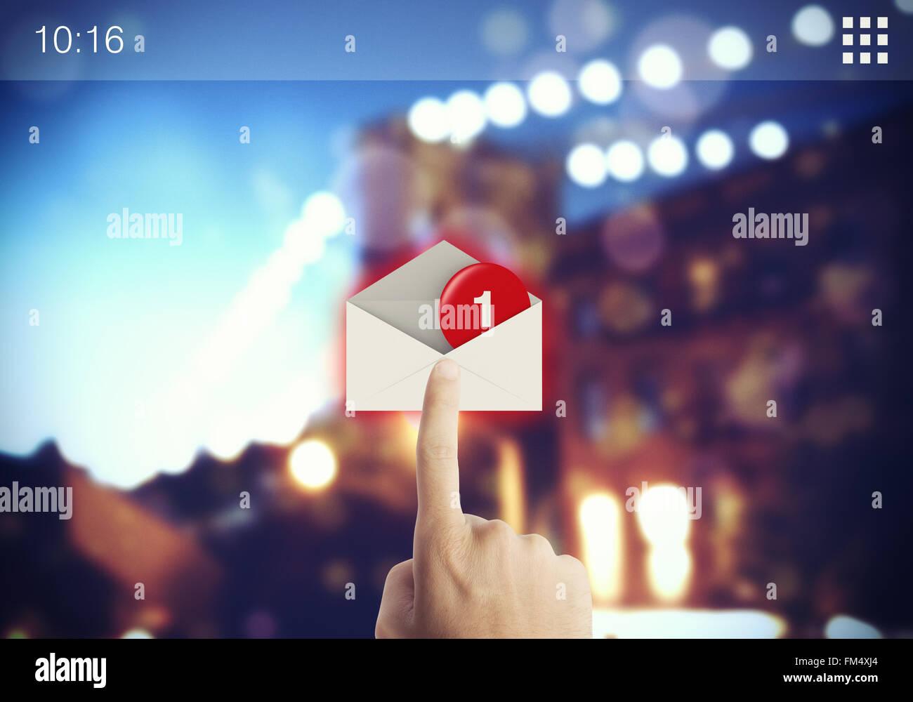 E-mail su schermo Immagini Stock