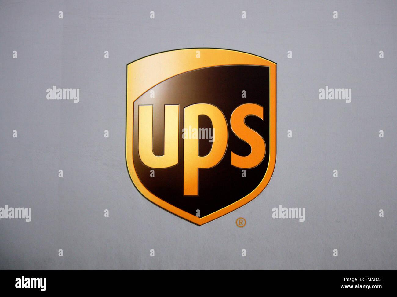 "Markenname: ""UPS - United Parcel Service', Dezember 2013, Berlino. Immagini Stock"