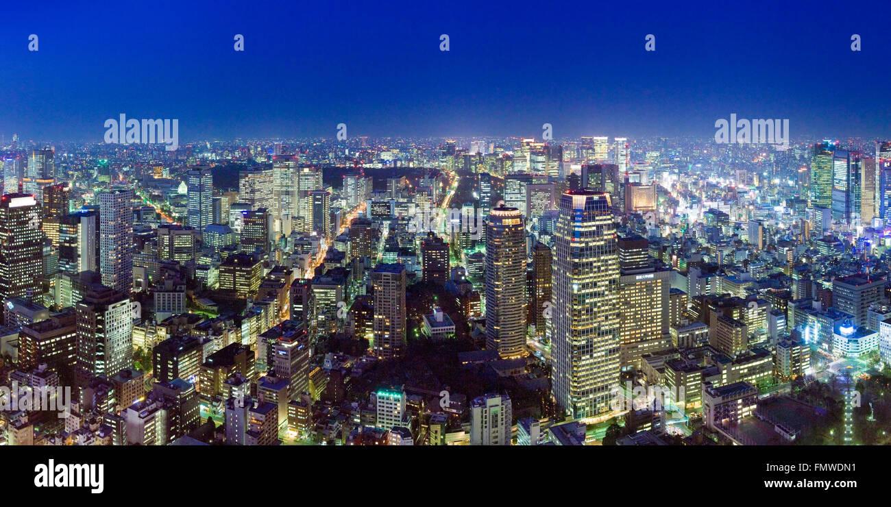 Sera cityscape di nord-est di Tokyo dalla Torre di Tokyo Immagini Stock