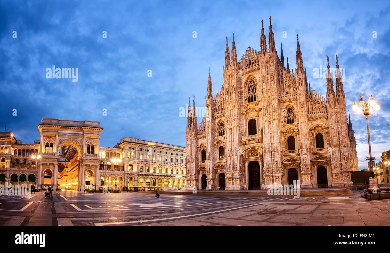 Il Duomo di Milano e il Duomo di Milano, una delle più grandi chiese in tutto il mondo Immagini Stock