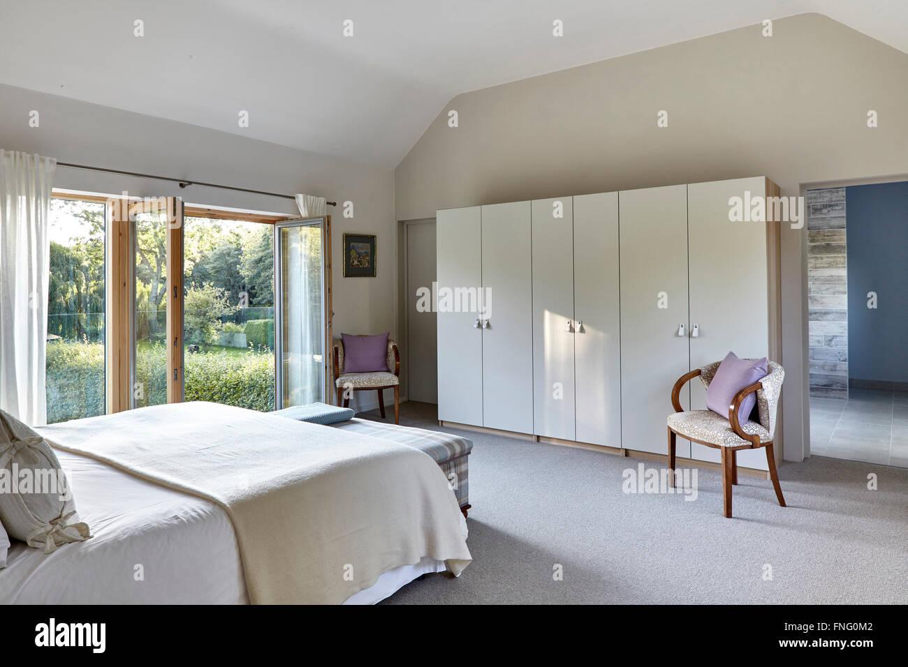 Bagno In Camera Con Vetro : Master camera da letto con vista al bagno e doppio vetro a piena