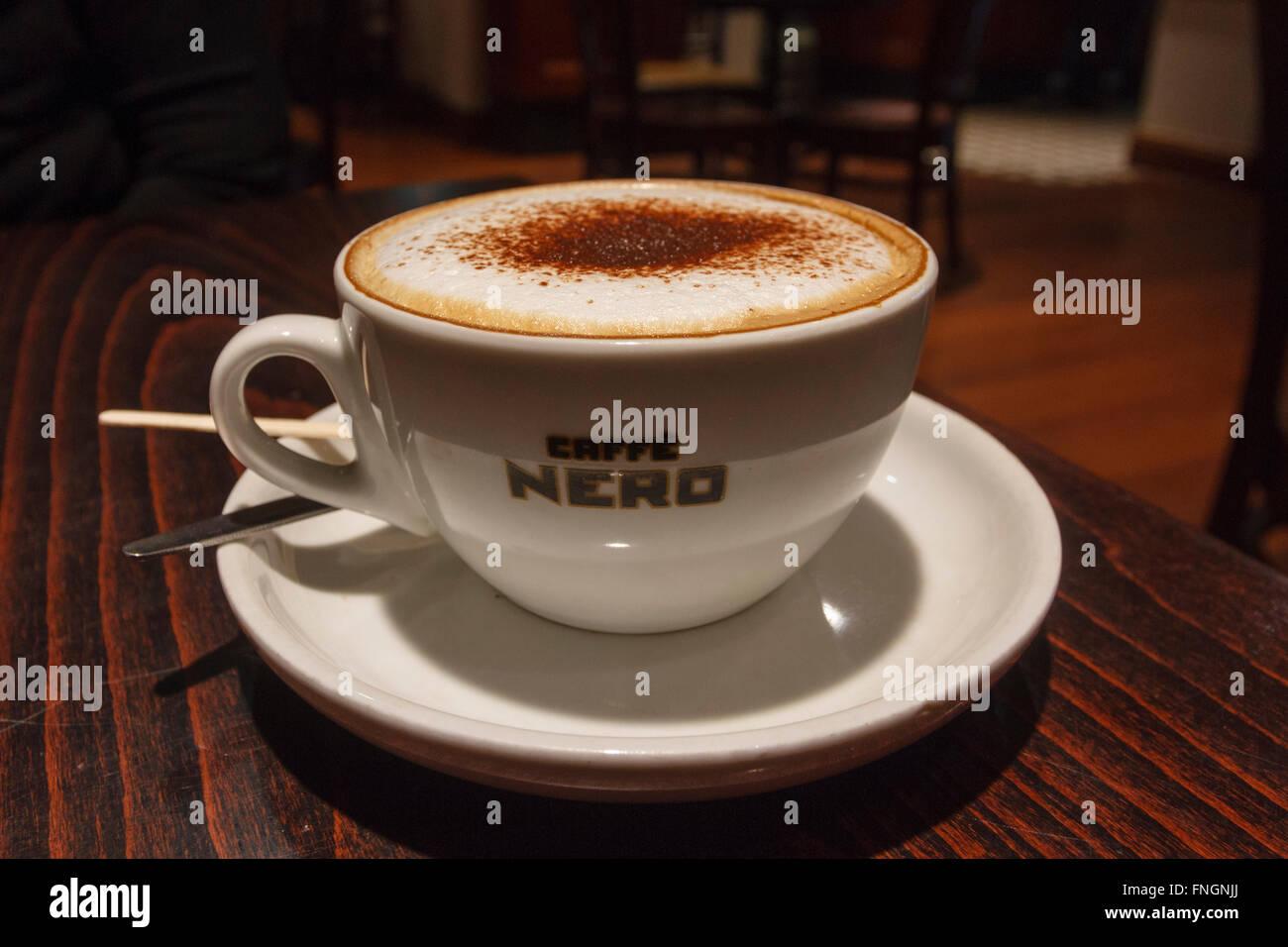Cappuccino, Cafe Nero Immagini Stock
