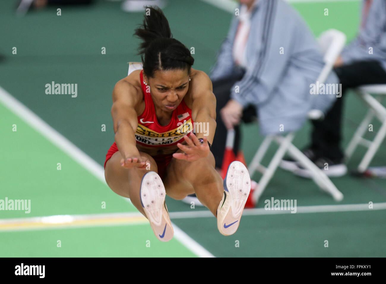 Portland, Oregon, STATI UNITI D'AMERICA MARZO 18, 2016 - KENDELL WILLIAMS salti nel pentathlon al 2016 IAAF Immagini Stock