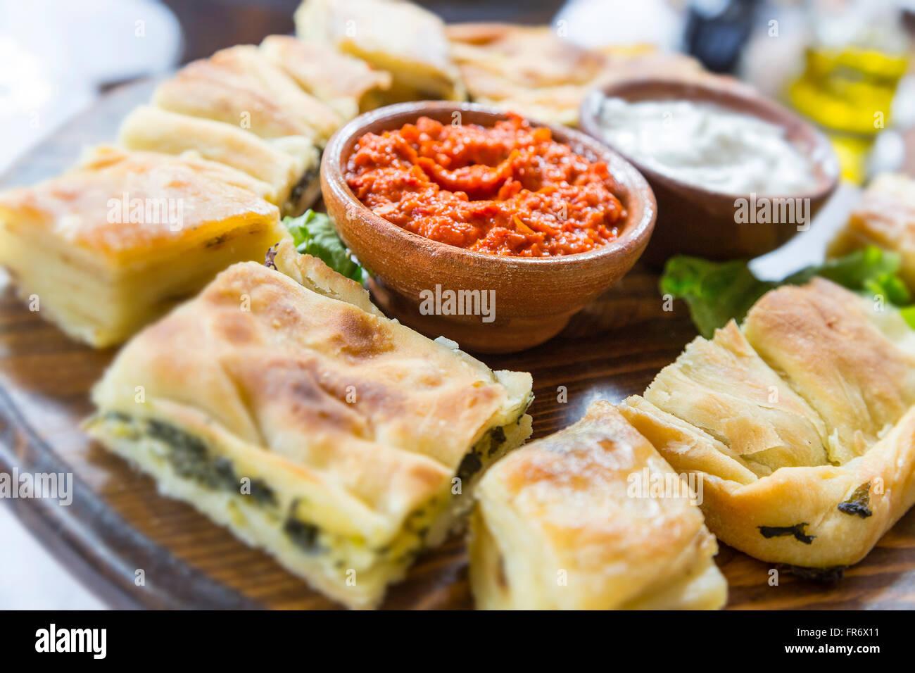 Repubblica di Macedonia, Ohrid, classificato come patrimonio mondiale dall UNESCO sito, piatto tradizionale Immagini Stock