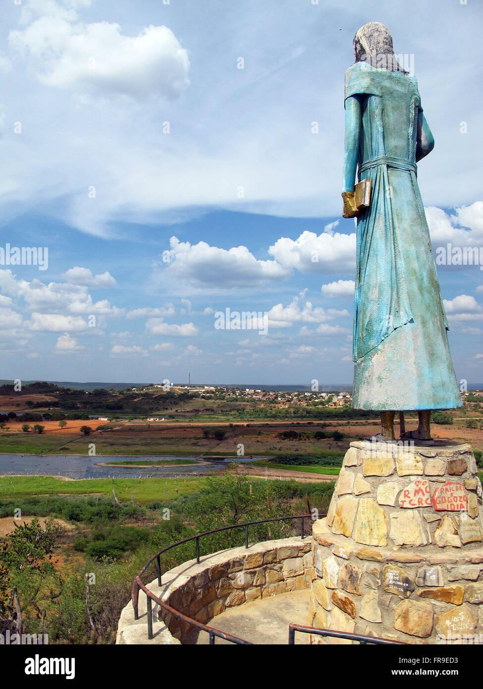 Scultura di Antonio Advisor vista dalla città nuova di cannucce in bahiana backlands Immagini Stock