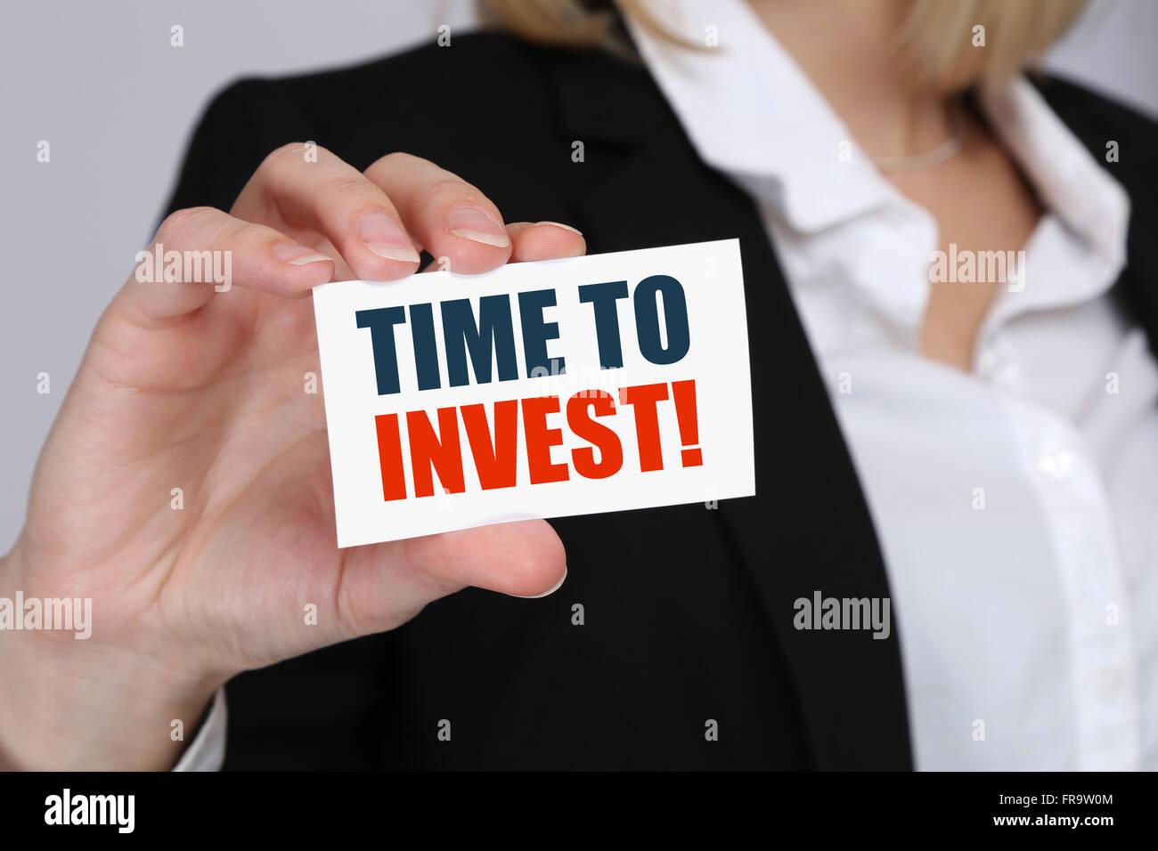 Investire investitore di investimenti finanziari denaro finanzia la concezione di business banking Immagini Stock