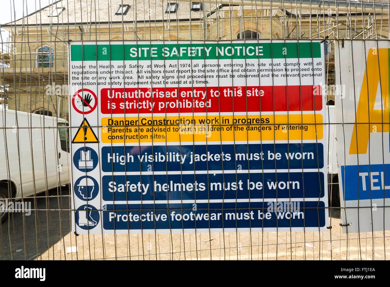 Sicurezza e salute segno in cantiere REGNO UNITO Immagini Stock