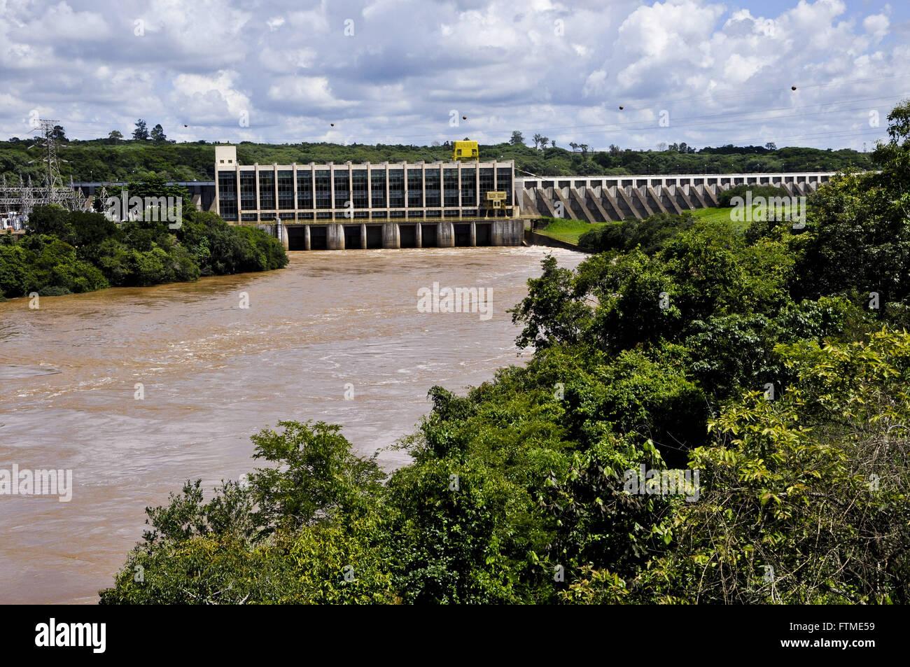 Salto Grande Centrale Idroelettrica nel fiume Paranapanema sul confine con lo stato del Paraná Immagini Stock