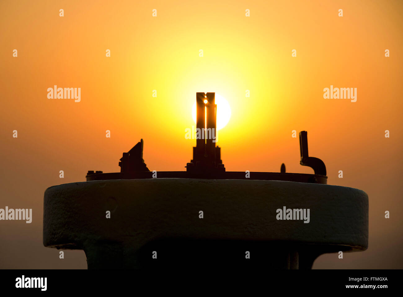 Bussola per la navigazione astronomica localizzazione dell'azimut del sole Immagini Stock