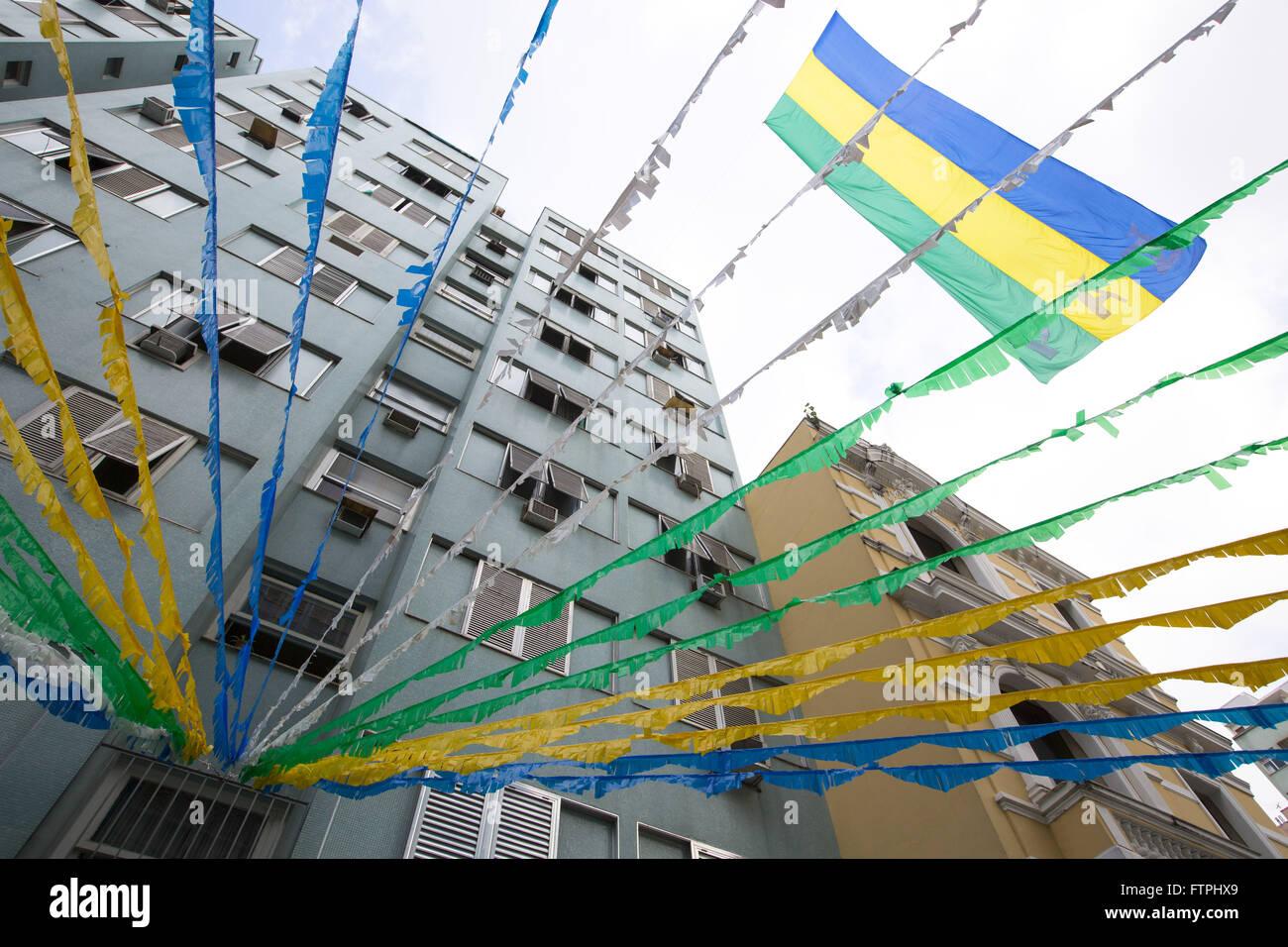 Rua Correia Dutra adornata con i colori della bandiera del Brasile per la Coppa del Mondo 2014 Immagini Stock