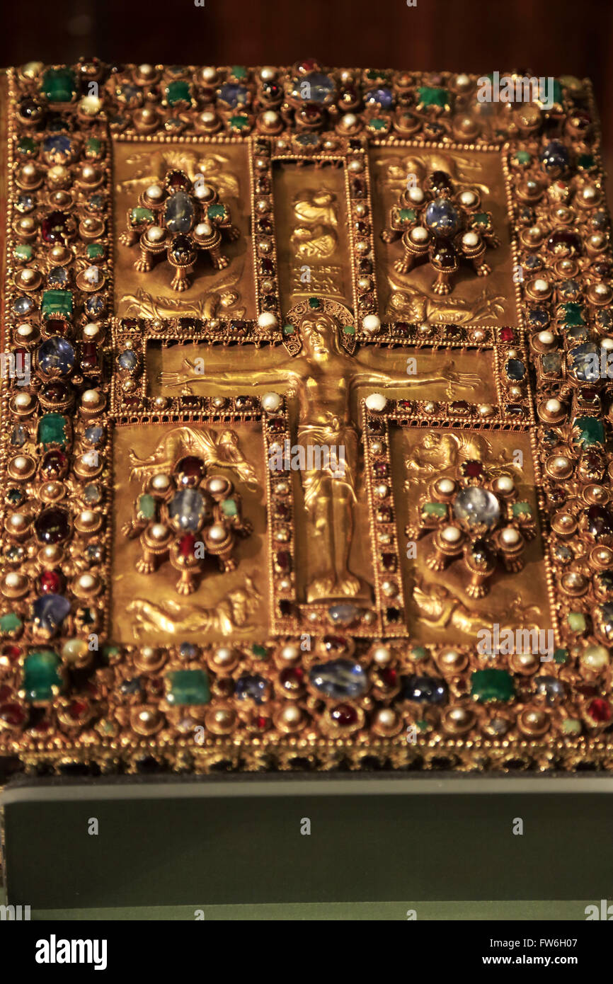 Jeweled un coperchio di un antico libro del Vangelo nel display la Morgan Library & Museum,Manhattan, New York Immagini Stock