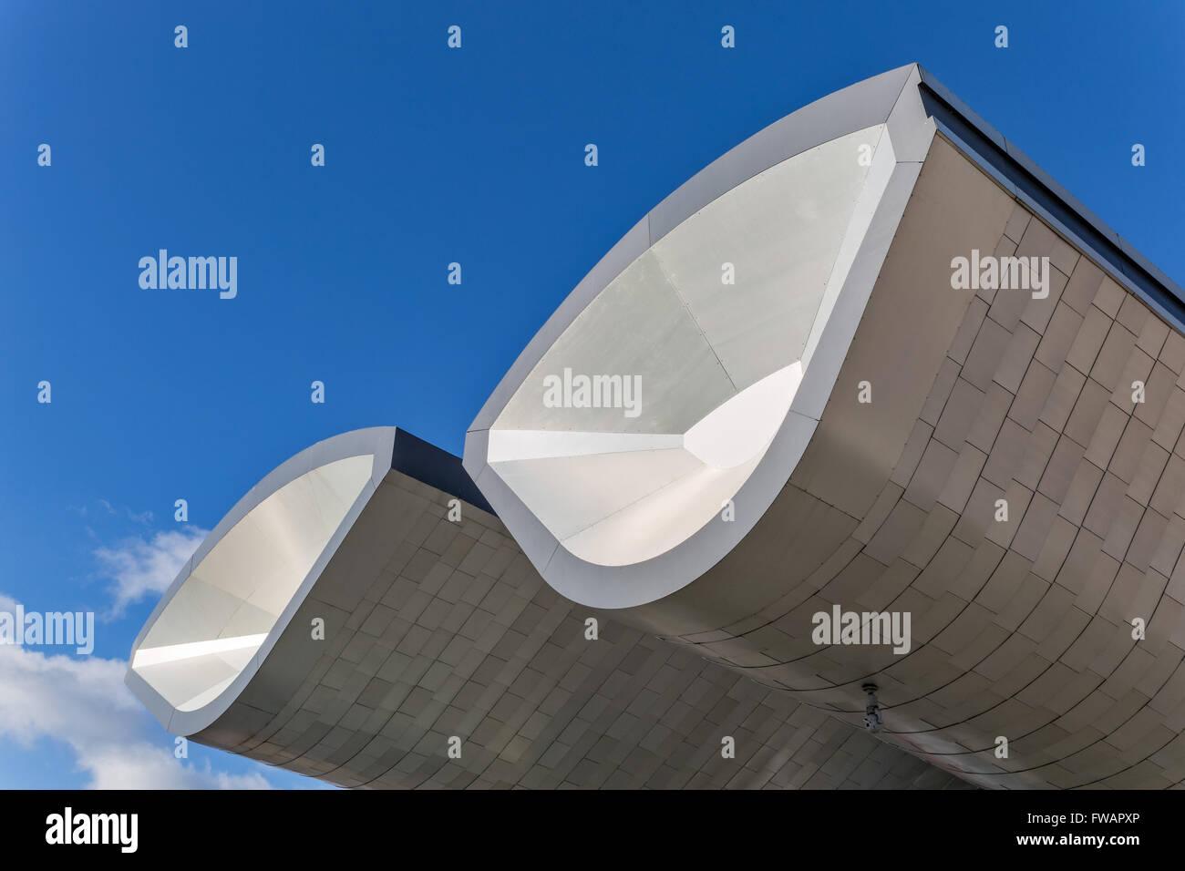 Slough Stazione Bus progettato da architettura Bblur Immagini Stock