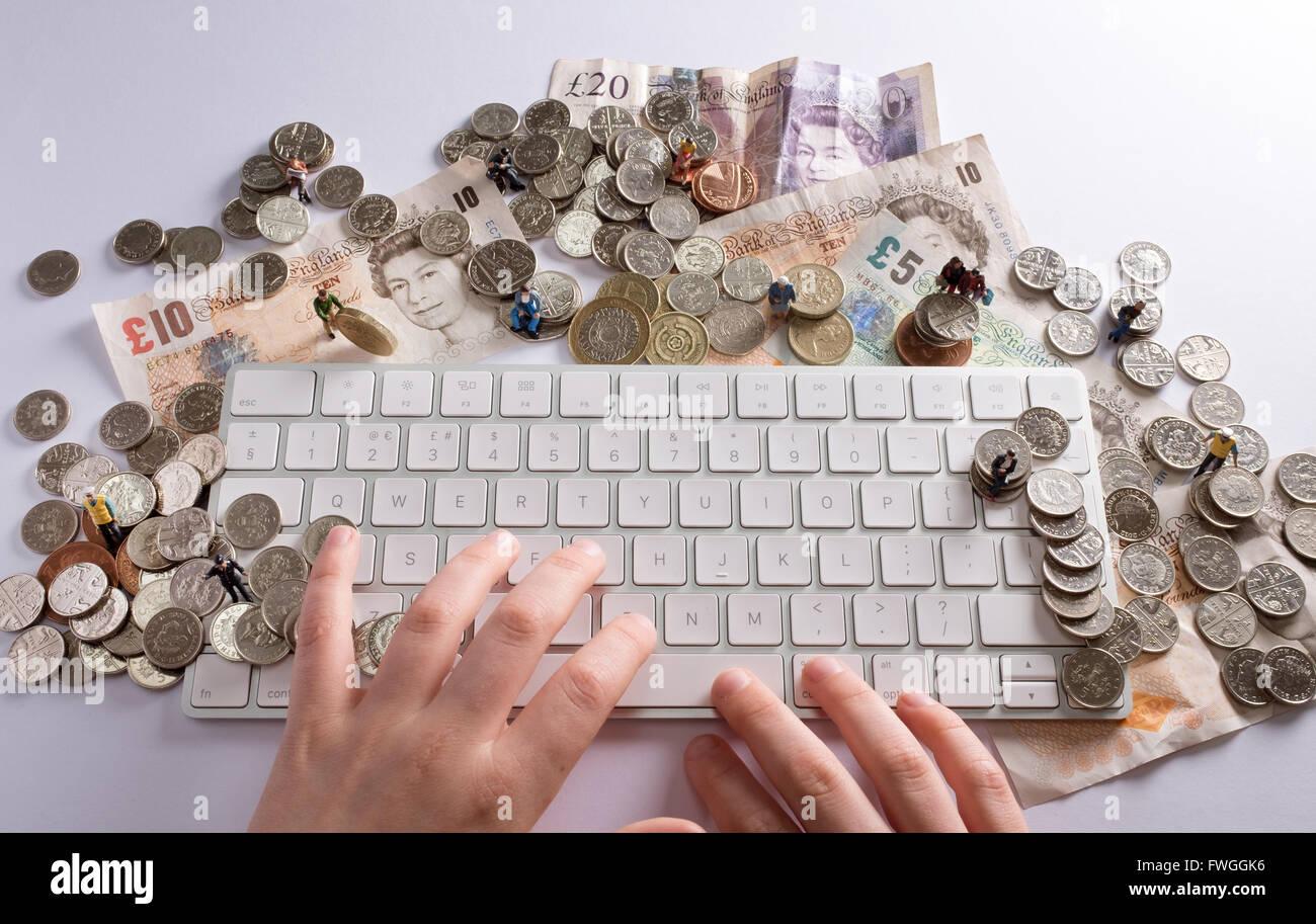 Il finanziamento della folla Concetto di immagine che mostra il modo in cui le persone possono incontrarsi per raccogliere Immagini Stock
