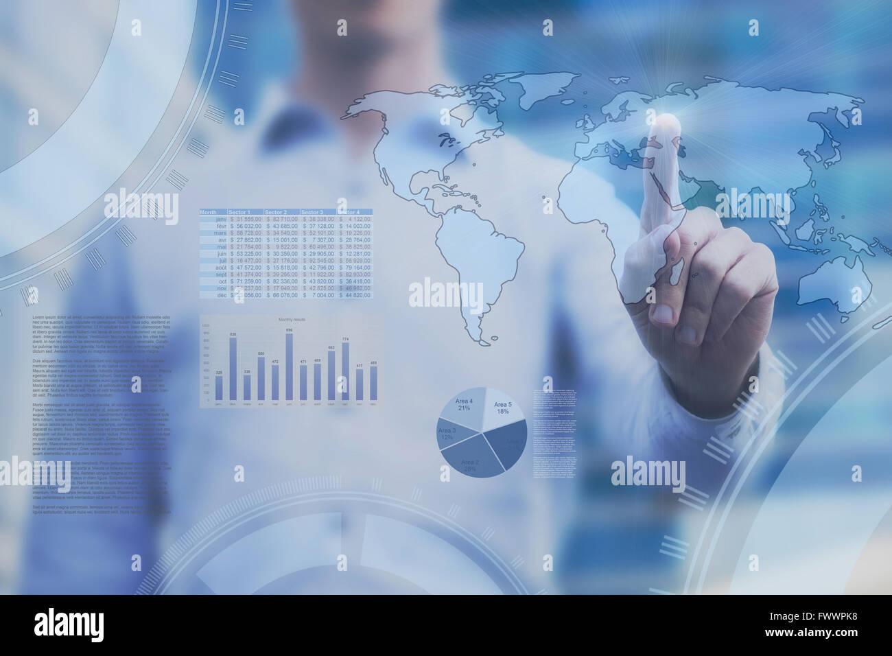 Il concetto di business sul touch screen, global trading analytics, cruscotto con mappa del mondo e infographics Immagini Stock