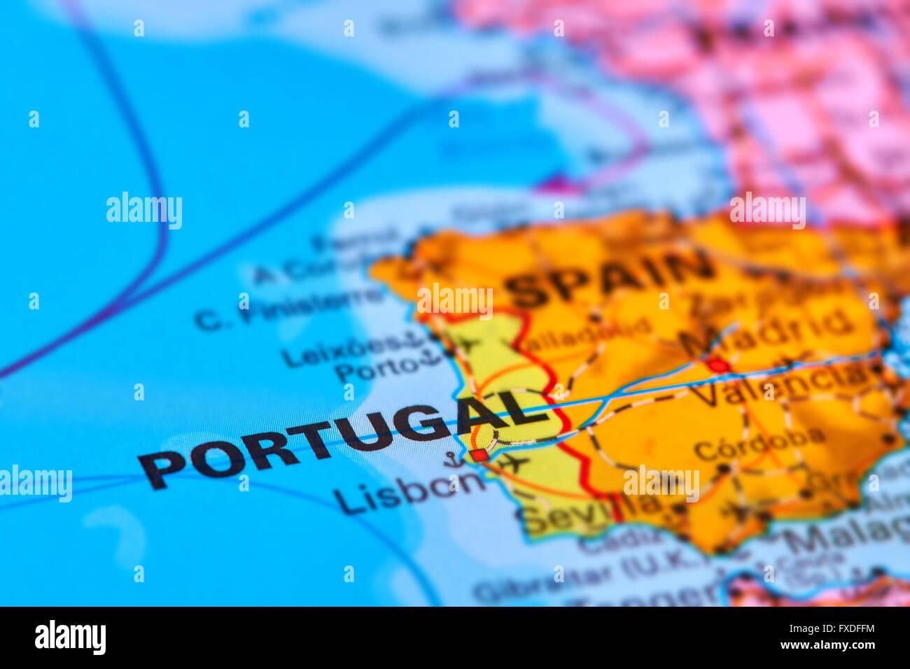 Il Portogallo nella penisola iberica sulla mappa del mondo Foto Stock