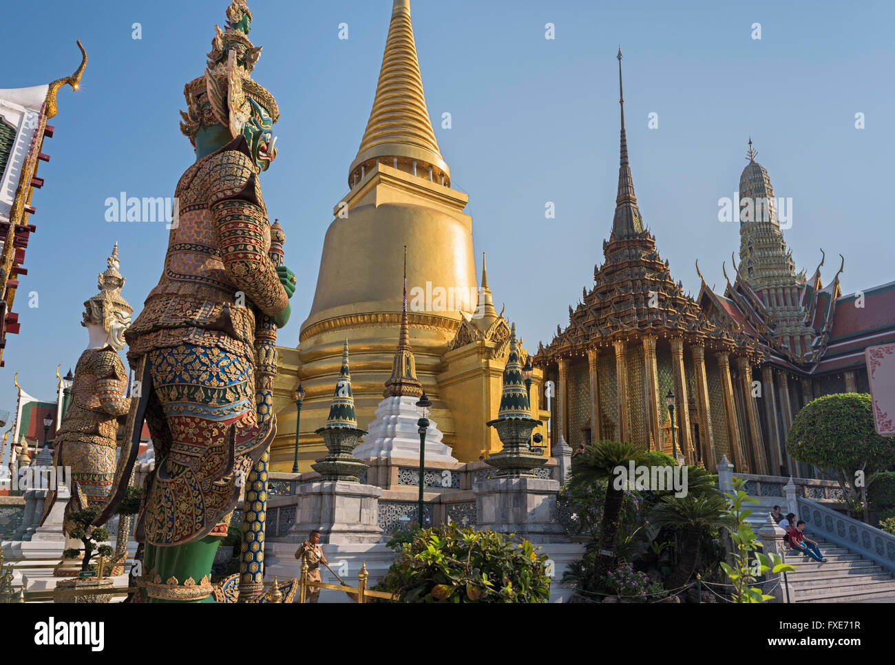 Il Wat Phra Kaew Grand Palace a Bangkok in Tailandia Immagini Stock