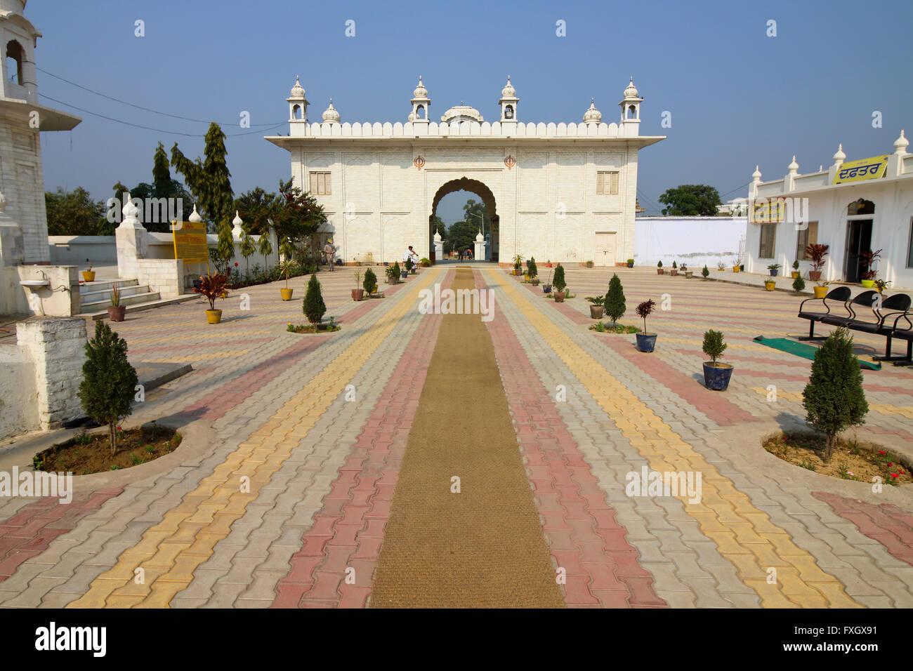 Gurdwara Shri Kapal Mochan Sahib, Bilaspur nello stato indiano di Haryana Immagini Stock