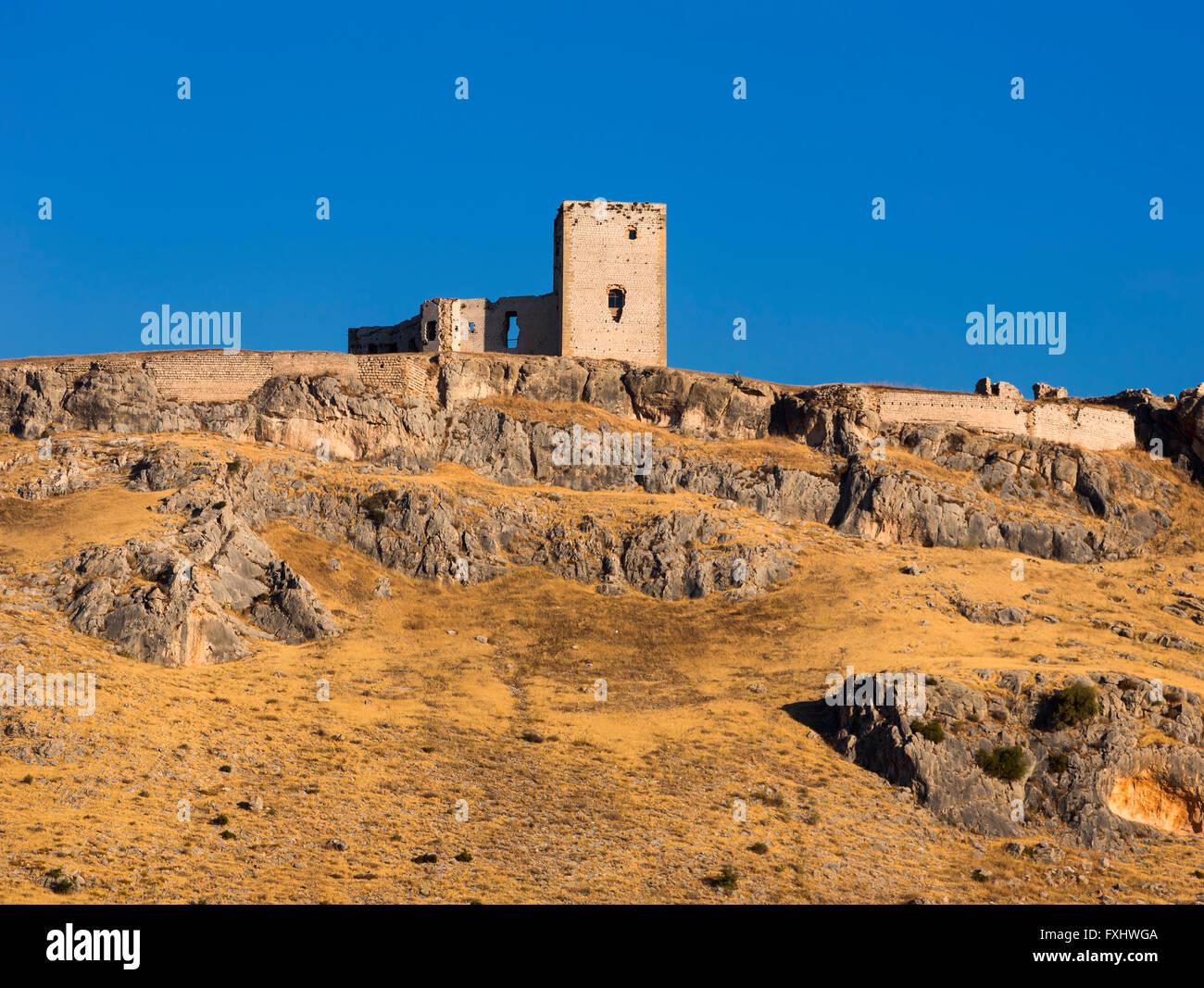 Teba, provincia di Malaga, Andalusia, Spagna meridionale. Castello di stella. Castillo de la Estrella Immagini Stock
