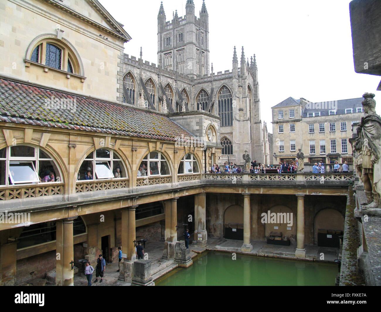 Riempire La Vasca Da Bagno In Inglese : La grande vasca da bagno parte dei bagni romani complesso in