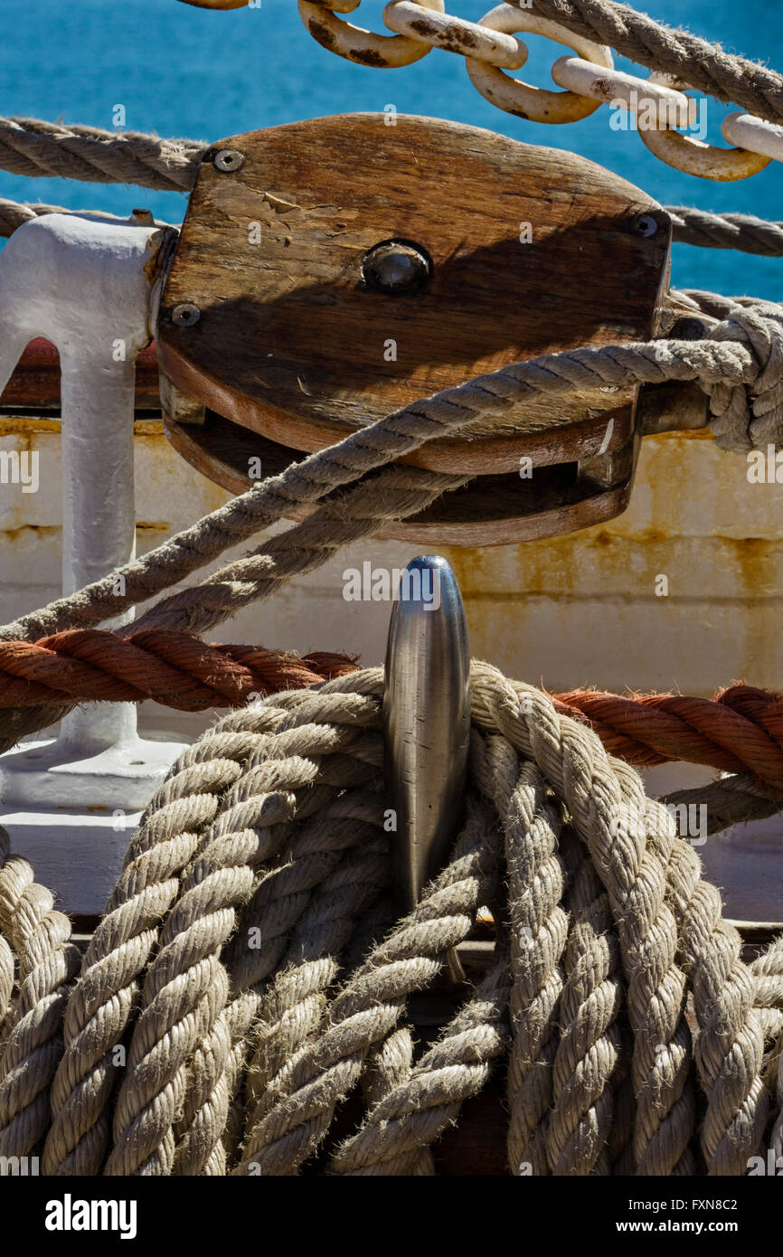 Il telaio di sicurezza ROPS, nave a vela Immagini Stock