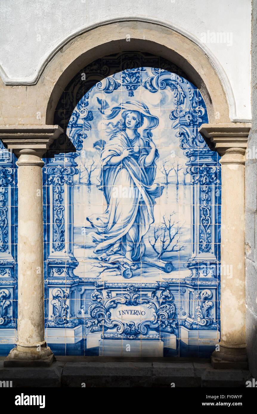 Sintra sightseeing: blu e bianco piastrellate picture (Autunno - Inverno) nel monastero di Penha Longa Resort, Sintra, Immagini Stock