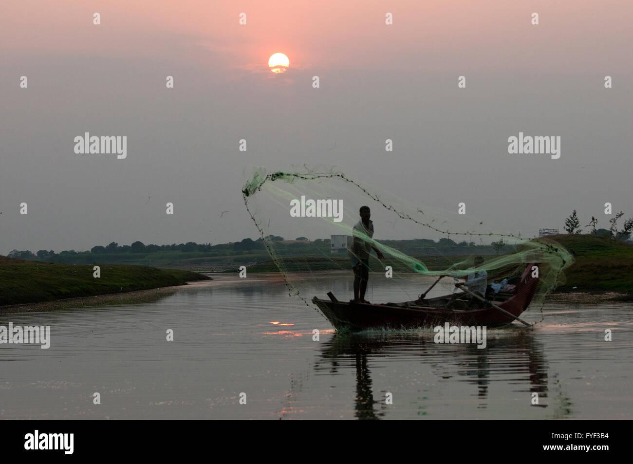 L'immagine del pescatore vicino a Pune, Maharashtra, India Immagini Stock