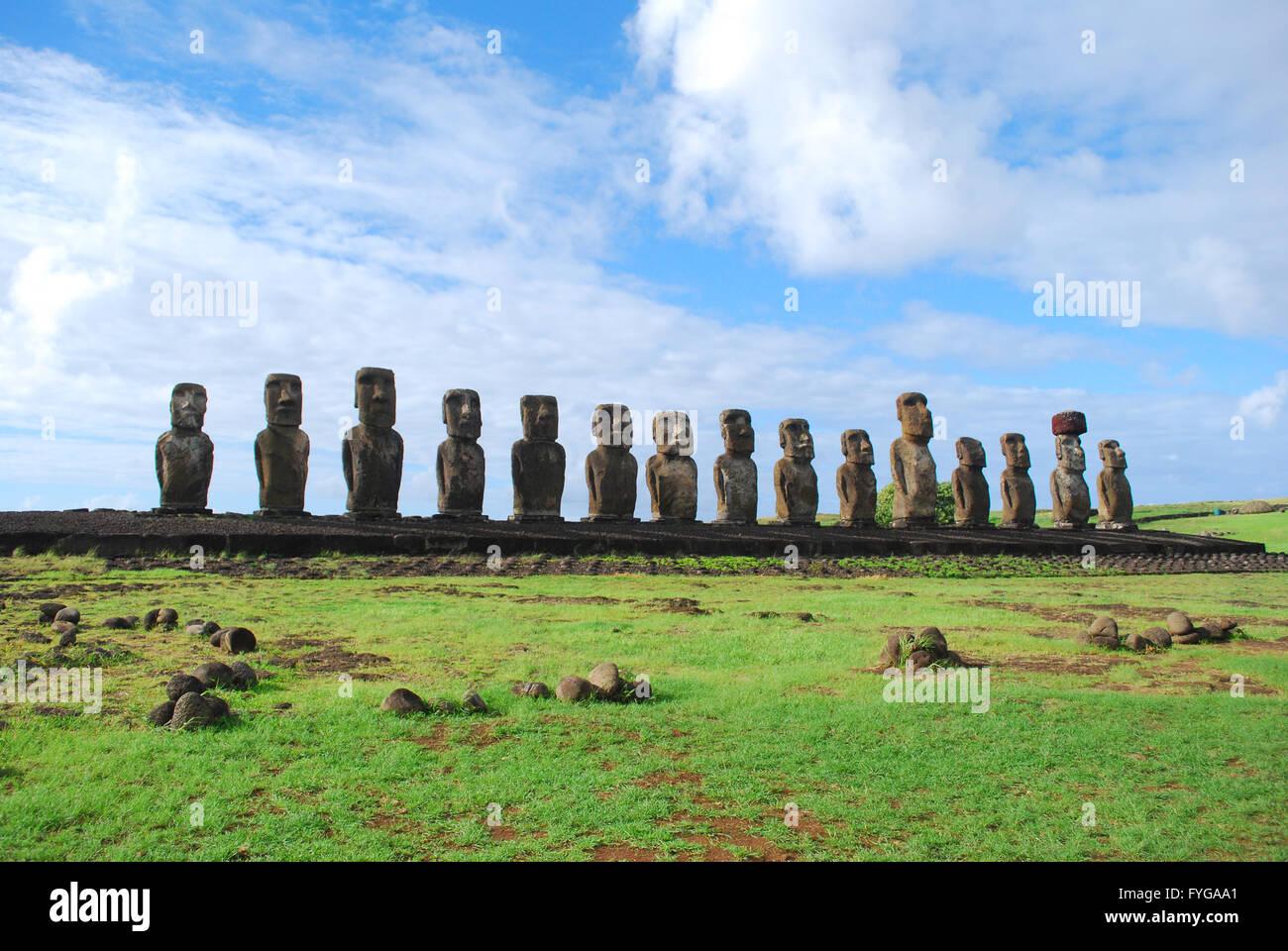 Moai statue a Ahu Tongariki, Isola di Pasqua, Cile Immagini Stock