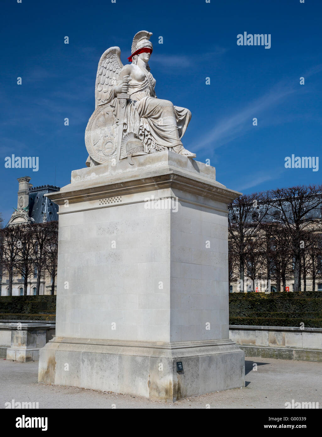 Gli occhi bendati Angelo statua a Parigi Immagini Stock