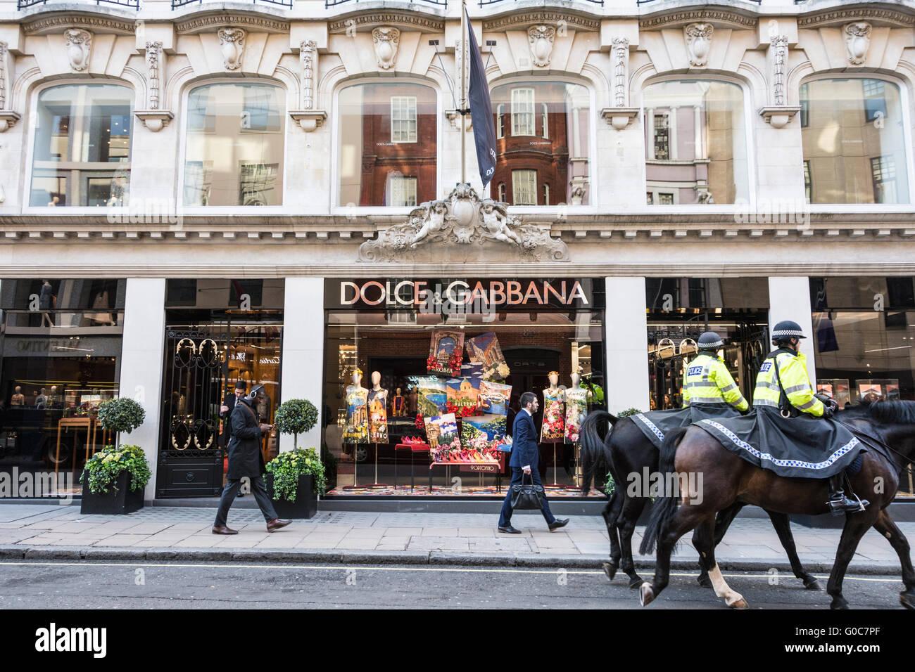 3acf23954b Il Dolce & Gabbana store su Old Bond Street, Londra Foto & Immagine ...