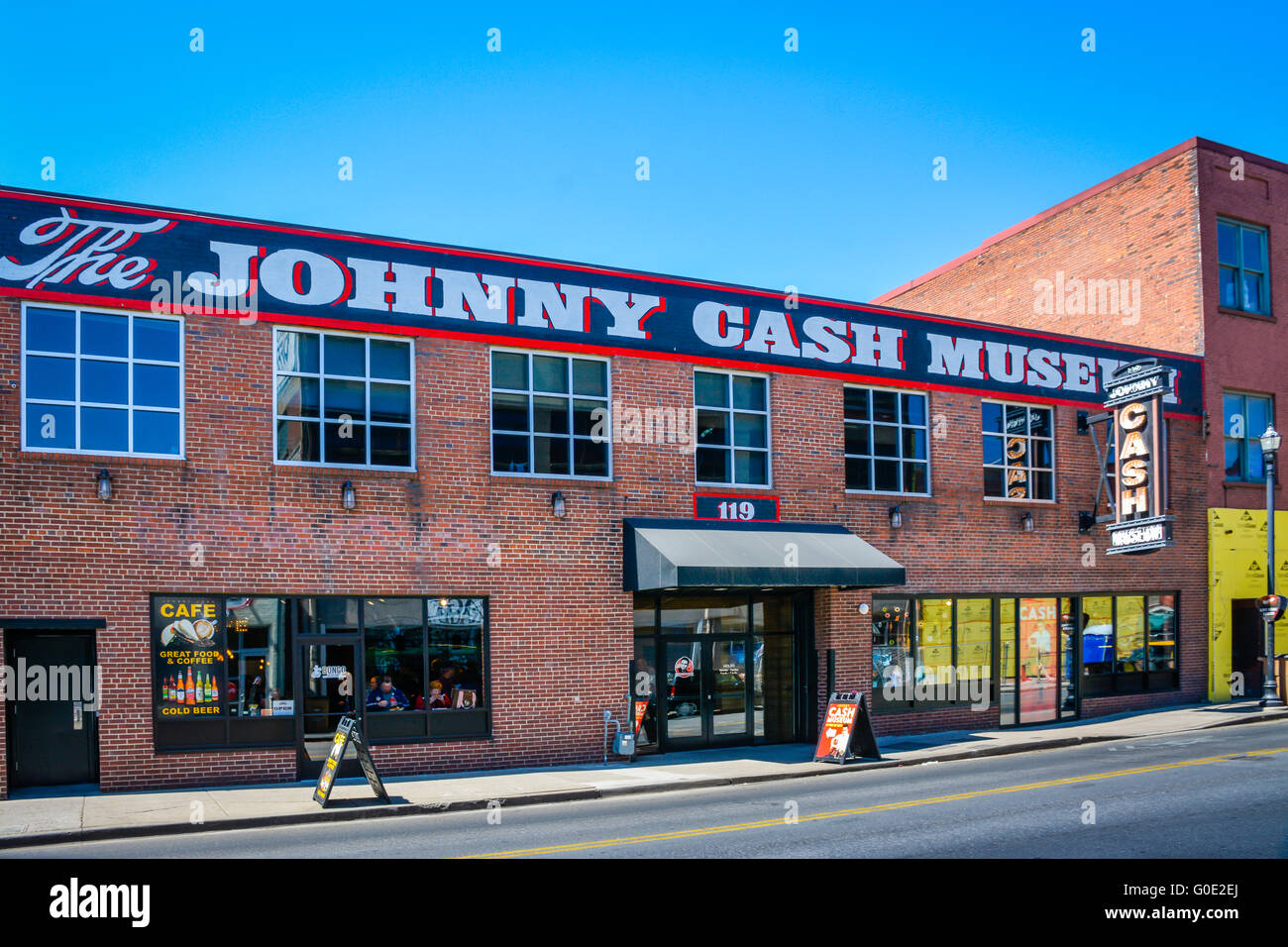 Un highlight per ventole, il Johnny Cash Museum di Nashville TN è ospitato in un antico edificio di mattoni Immagini Stock