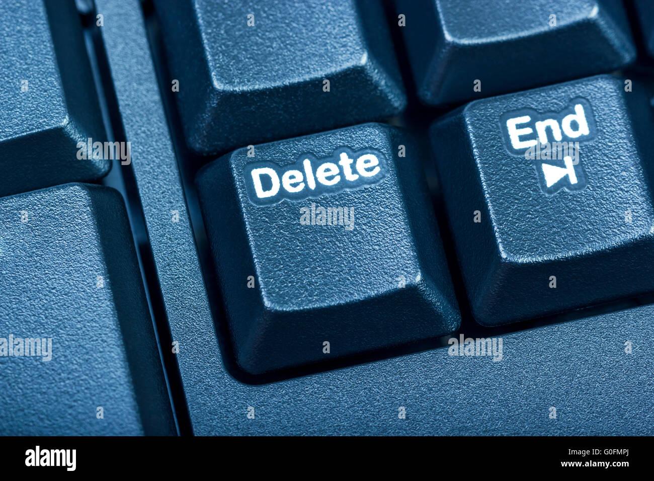Il nero della tastiera del computer. Tonificazione è blu. Immagini Stock