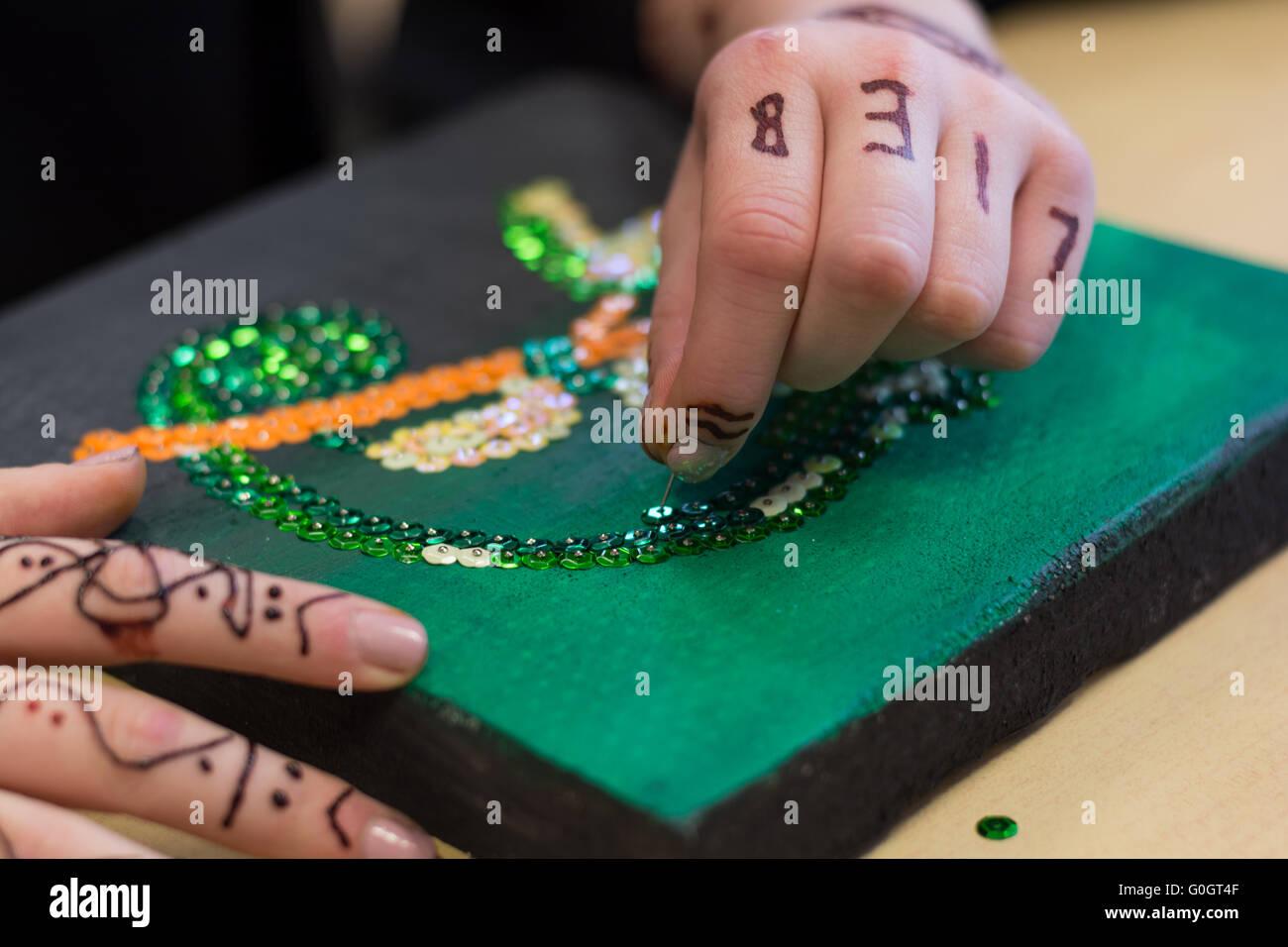 Persona progettato in un workshop creativo, un mosaico immagine - primo piano Immagini Stock