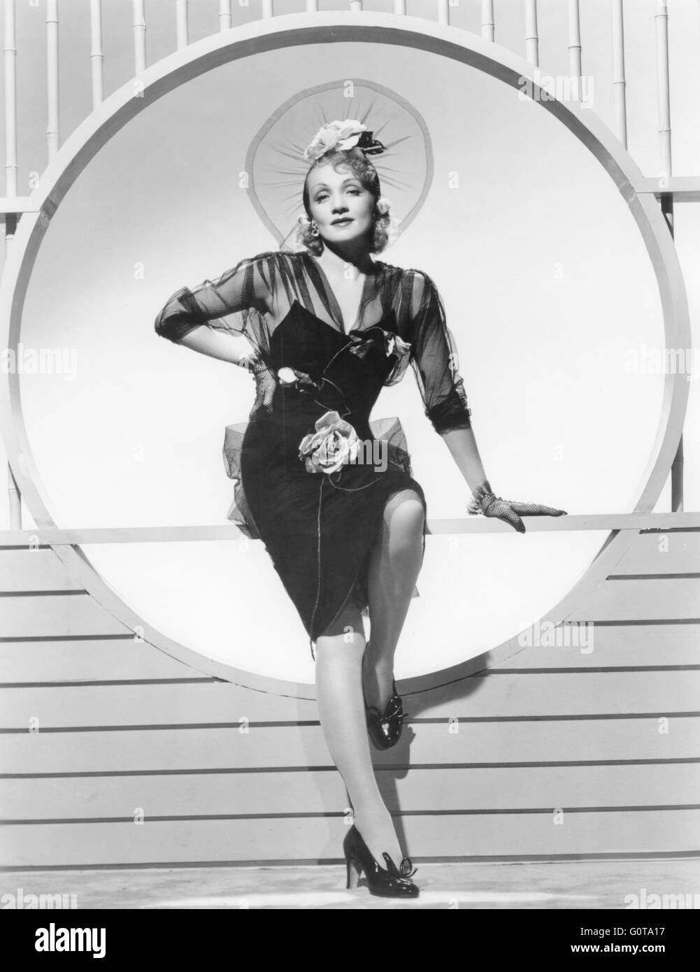 Marlene Dietrich / sette peccatori / 1940 diretto da Tay Garnett (Universal Pictures) Immagini Stock